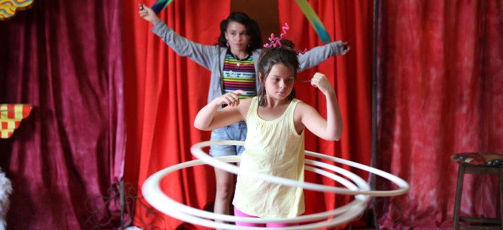 cerceaux ecole de cirque la maison du jongleur